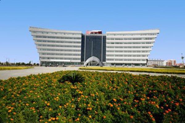 碳纤维布加固让库尔勒经济技术开发区管委会办公大楼重放光彩